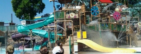 Wild Waves Theme Park is one of My Saved Places.