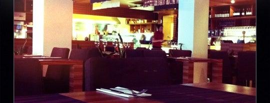 Zebra Café is one of Kohvikud.