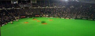Sapporo Dome is one of 読売巨人軍.