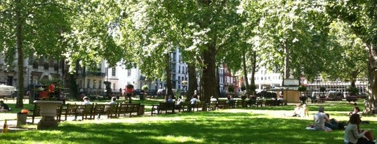Berkeley Square is one of Londra.