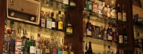 Café Bar Habana is one of Miraflores.