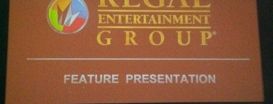 Regal Cinemas Gardens 7-13 is one of Ranking Chicago Movie Theaters.