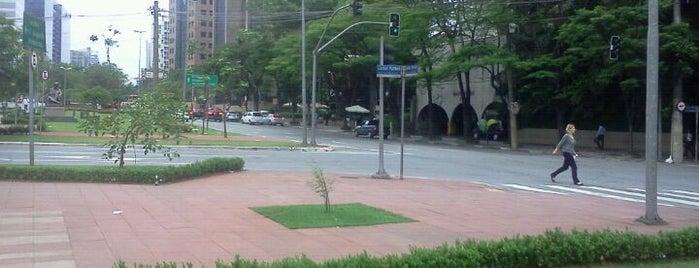 Avenida Brigadeiro Faria Lima is one of AVENIDAS & RUAS | BRAZIL.