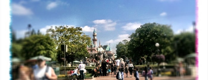 Disneyland Park is one of Stalk me.