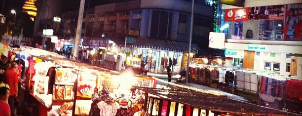 Chiang Mai Night Bazaar is one of Guide to the best spots Chiang Mai|เที่ยวเชียงใหม่.