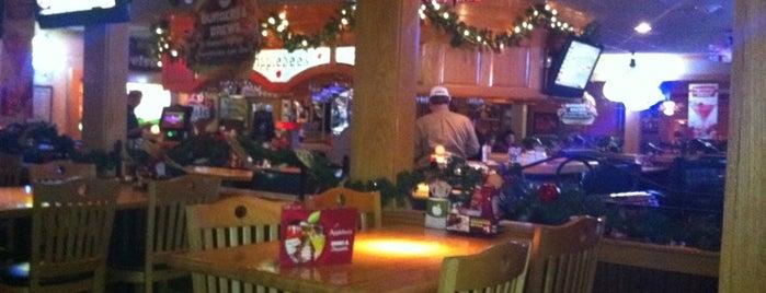 Applebee's Neighborhood Grill & Bar is one of MN Food/Restaurants.