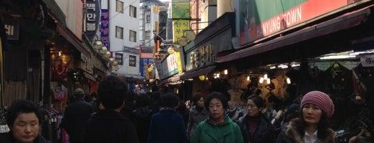 南大門市場 (ナムデムンシジャン) is one of Seoul #4sqCities.