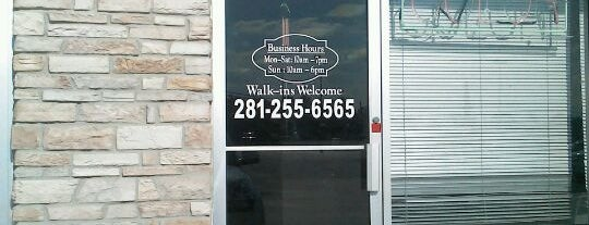 D style salon is one of Some where in Tomball, Texas.