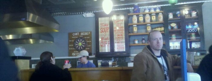 Potbelly Sandwich Shop is one of Work Lunch Locations.