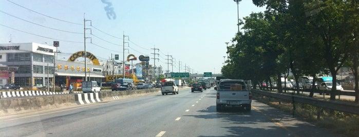 วงแหวนรอบนอก is one of ถนน.