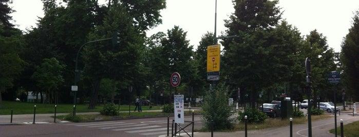 Porte de Passy is one of Most famous places in Paris.