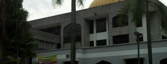 Masjid Saidina Abu Bakar As-Siddiq (مسجد سيدنا ابو بكر الصديق) is one of Baitullah : Masjid & Surau.
