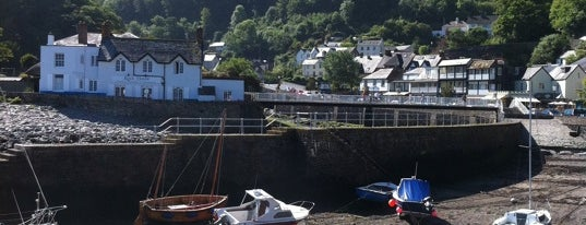 Lynmouth Harbour is one of England 1991.