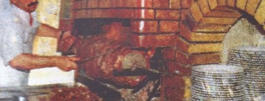Umudum Cağ Kebap is one of Gezgin geyikler yemekte.