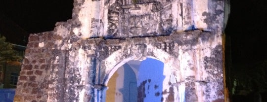 Porta De Santiago (A Famosa Fortress) is one of Melaka.