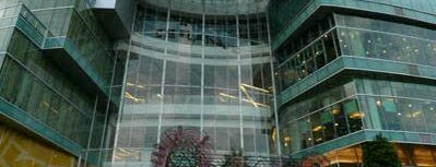 Esplanade Ratchadapisek is one of Top Malls in BKK.