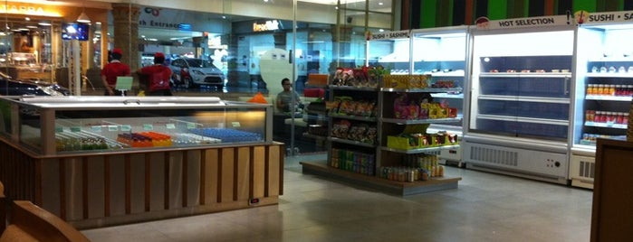Sushi Kiosk! by Sushi Tei is one of Venue Of Mal Bali Galeria.