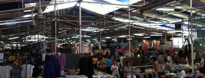 ตลาดนัดสีลมซอย10 (หลังตึกITF) is one of Shopping BKK.
