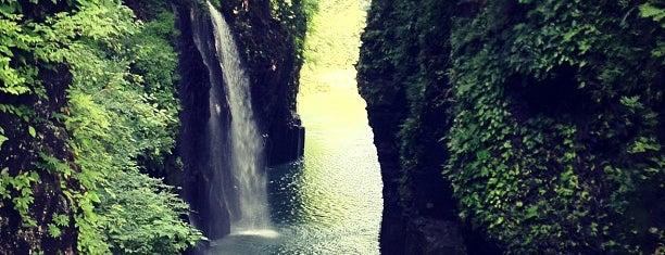 Manai Falls is one of 日本の滝百選.