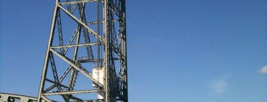Koninginnebrug is one of Bridges in the Netherlands.