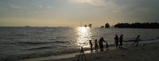 Pantai Kelanang is one of Favorite Great Outdoors.