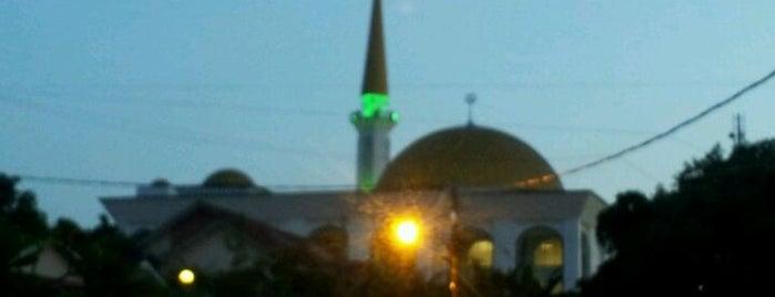 Masjid Ar-Rahman Kg Tunku is one of Baitullah : Masjid & Surau.