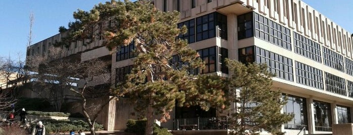 Wescoe Hall is one of Academic Buildings.