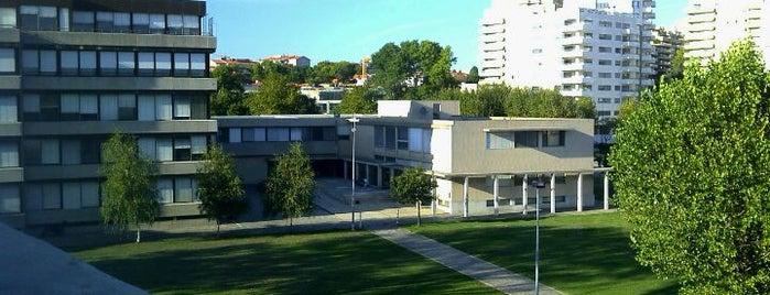 Universidade Católica - Campus Foz is one of Sítios que valem a pena ir no Grande Porto.