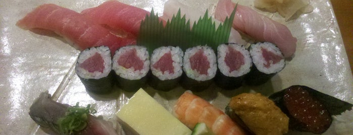 Shin-Zushi is one of Henri's TOP Japanese Food.