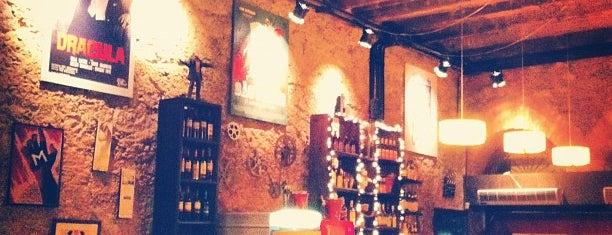 Cine Botequim is one of Melhores do Rio-Restaurantes, barzinhos e botecos!.