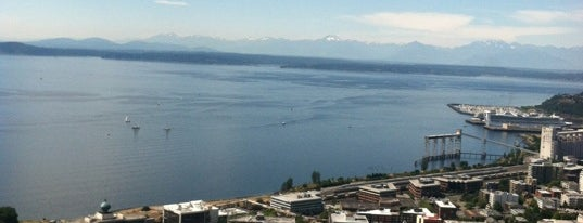 Space Needle: Observation Deck is one of Seattle Bucketlist.