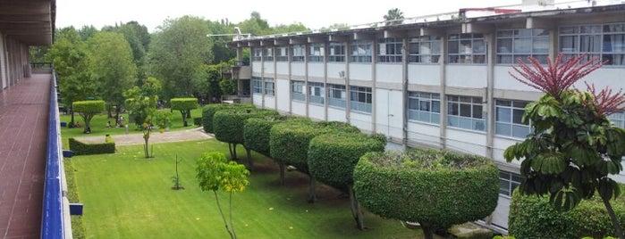 Centro Universitario de Ciencias Económico Administrativas (CUCEA) is one of Reto 100 ZMG.