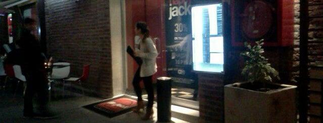 Mr. Jack is one of Sandwicherias de Santiago.