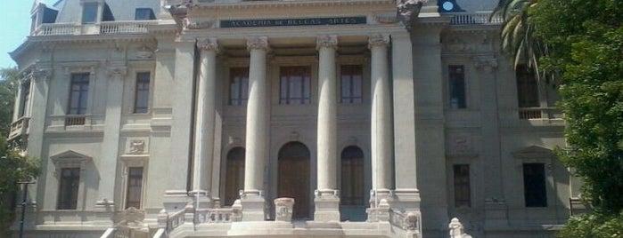 Museo Nacional de Bellas Artes is one of Visit some places.