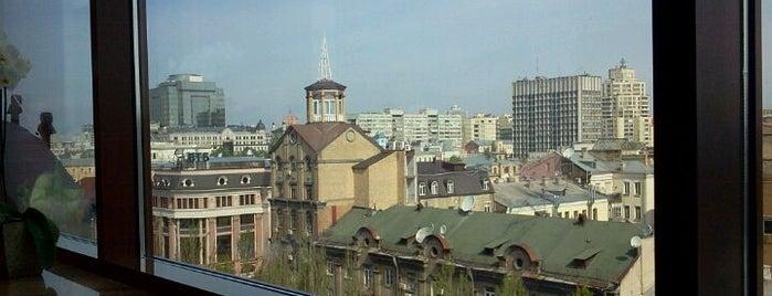 Премьер Палас Отель is one of Free wi-fi places in Kiev..