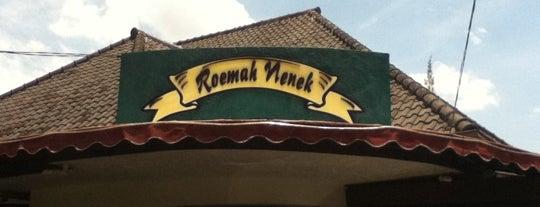 Roemah Nenek is one of Bandung Kuliner.