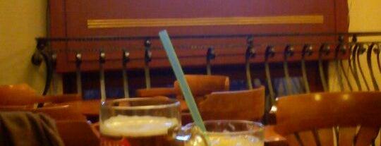 Maláta Patika is one of Itt már italoztam....