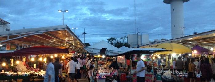 ตลาดนัดโลตัสคำเที่ยง is one of Chiang Mai.