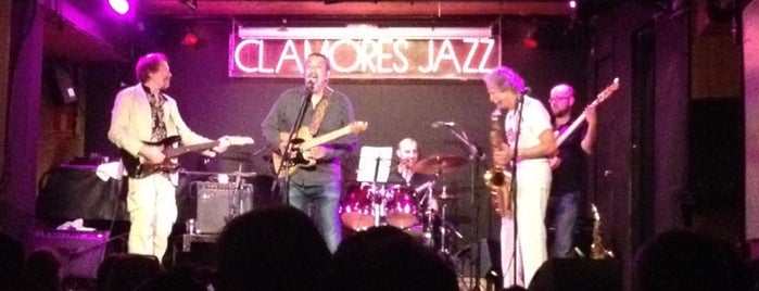 Sala Clamores is one of Salir por Madrid.