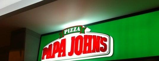 Papa John's is one of Por Corregir.