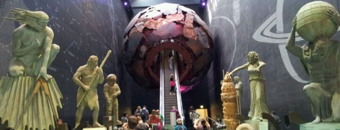 Museo de Historia Natural is one of Best of World Edition part 1.