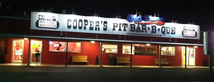Cooper's Old Time Pit Bar-B-Que is one of Road trip.