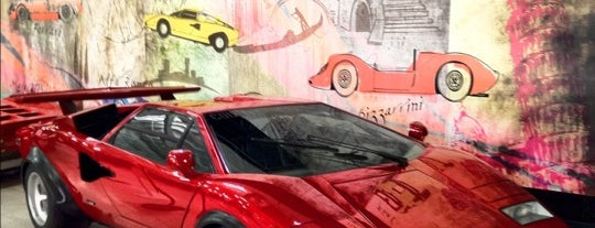 San Diego Automotive Museum is one of Pendleton.