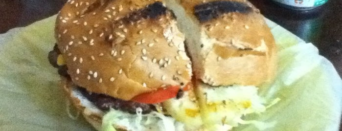 Hamburguesas Brontos is one of Must-visit Food in Cancún.