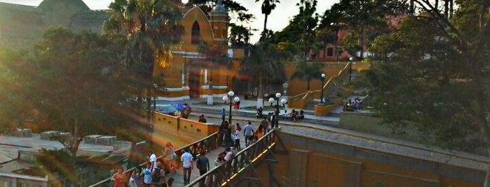 Puente de los Suspiros is one of Lima, Ciudad de los Reyes.