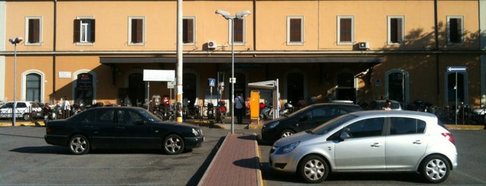 Roma Tuscolana railway station is one of Muoversi a Roma.