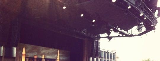 Moonlight Amphitheater is one of Viva La Vista!.