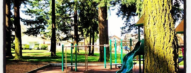 Alberta Park is one of The 15 Best Dog Runs in Portland.