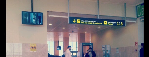 Aeropuerto de Badajoz (LEBZ) is one of Airports in SPAIN.