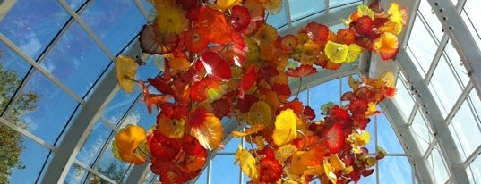 Chihuly Garden and Glass is one of Bucket List Places.